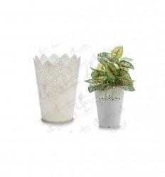 Small plastic planter 12x8 cm