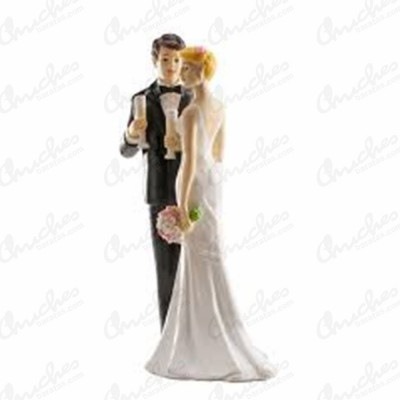 figure-couple-wedding-champagne-glass